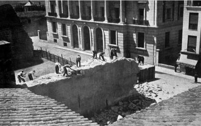 Derribo del Alcázar. José María Díaz Casariego