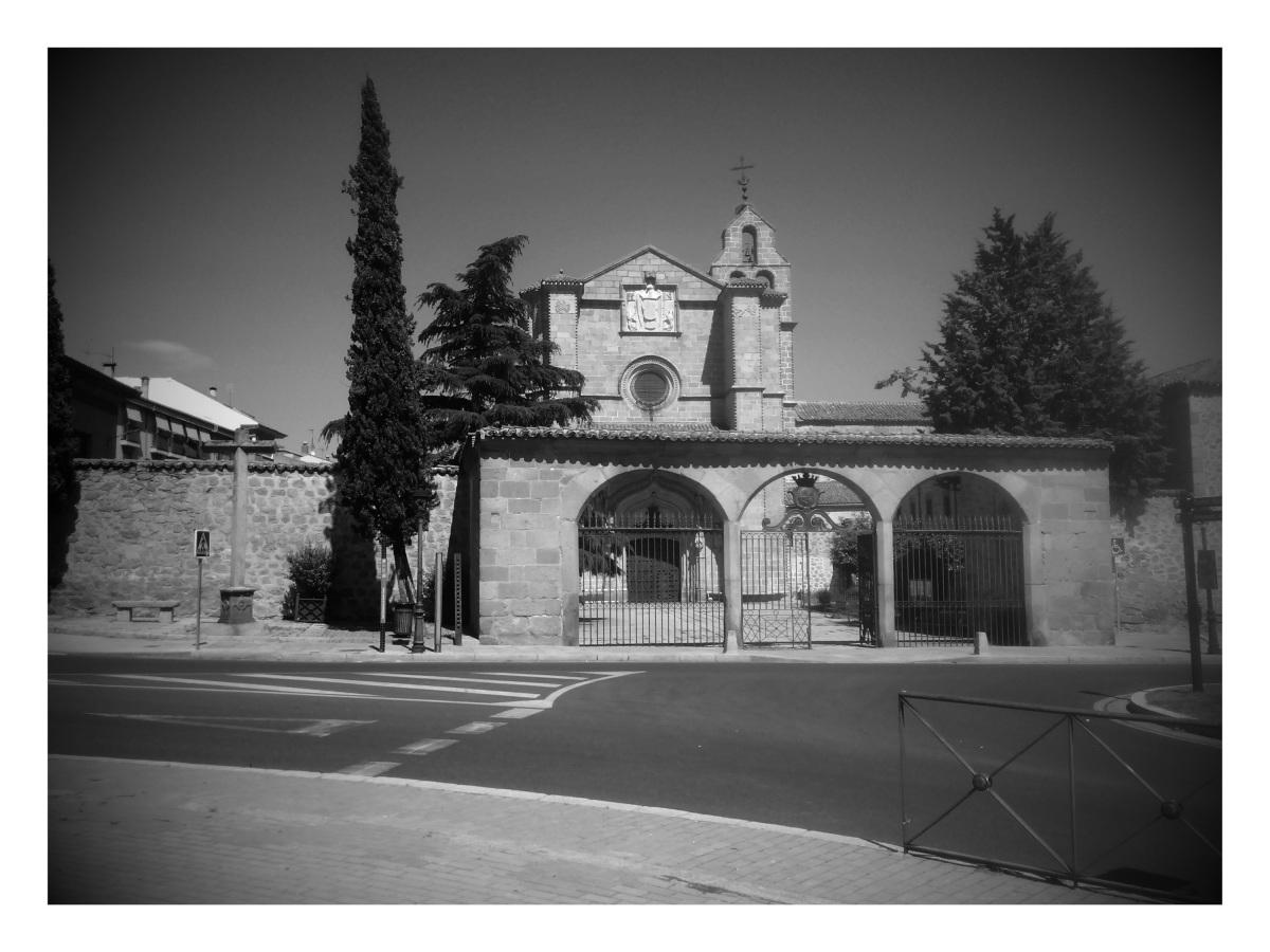 El Real Monasterio de Santo Tomás: los claustros